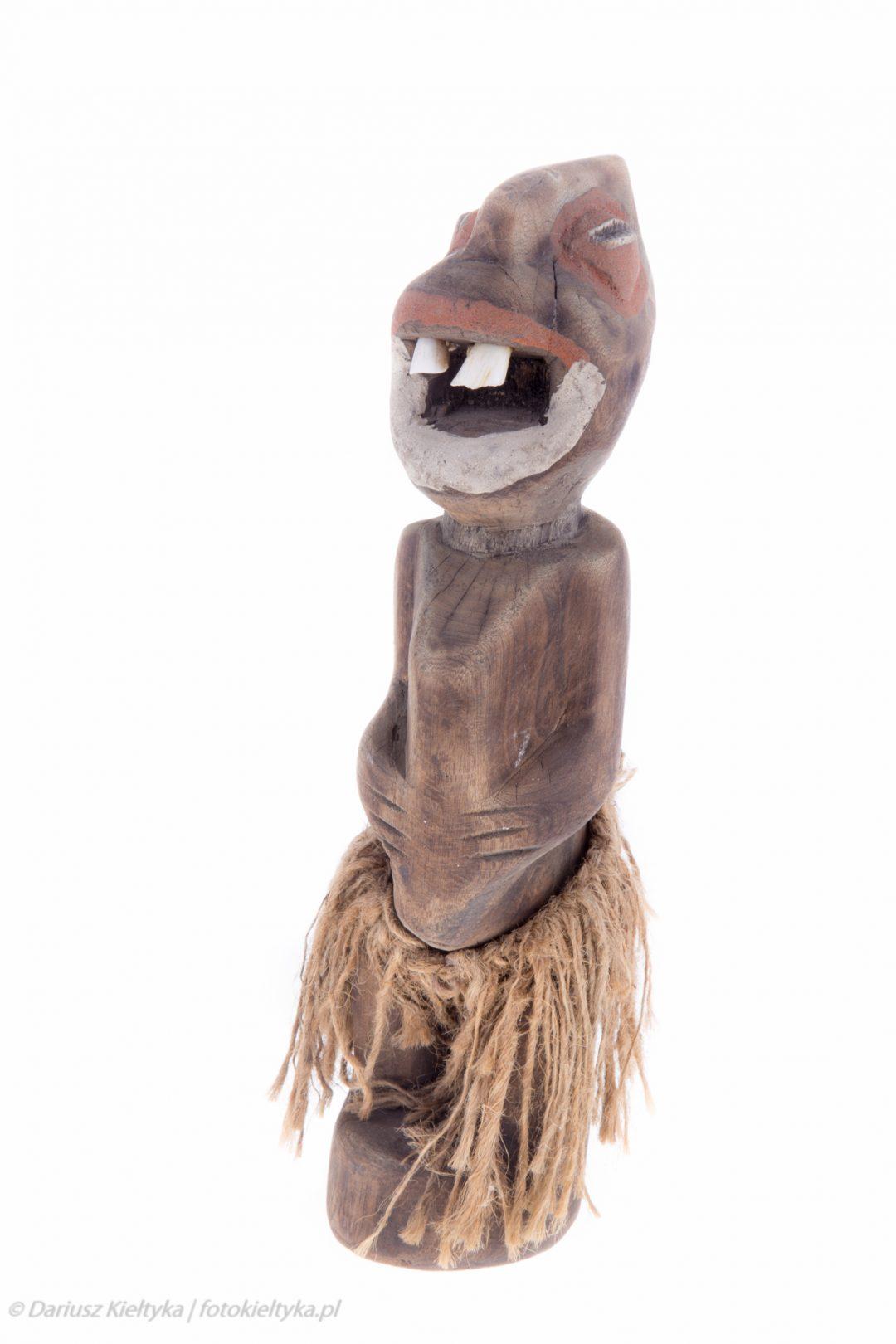 fotografia studyjna zdjęcie foto figurka afrykańska