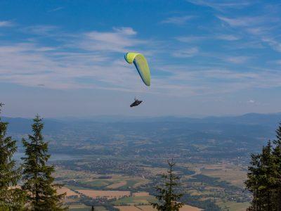 1328Paralotnie<br><i>Paragliding</i>